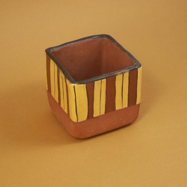 Кашпо керамическая Скандинавия