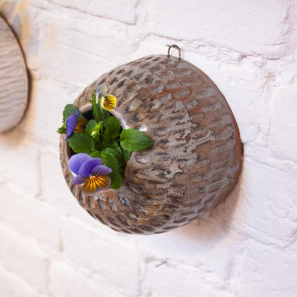 Кашпо настенное с рельефом № 3 керамика