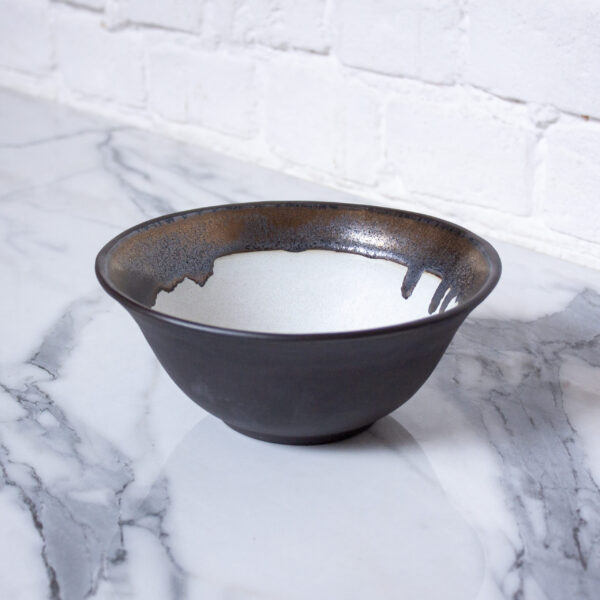 Столовая Миска из керамики тюльпан Бали Gold Accent