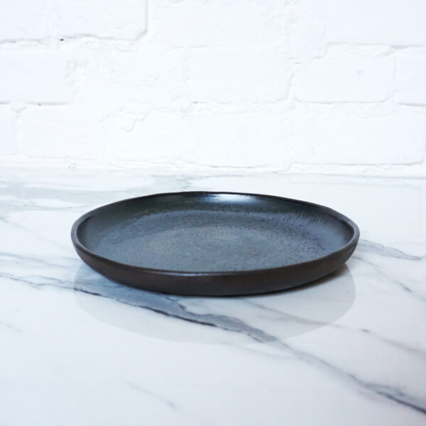 Тарелка круглая из каменной керамики Casual Серый сатин